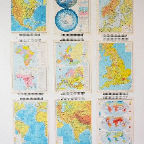 Kartor på väggen